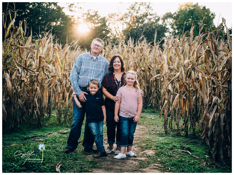 Fall family portrait session at Lucky Ladd Farms