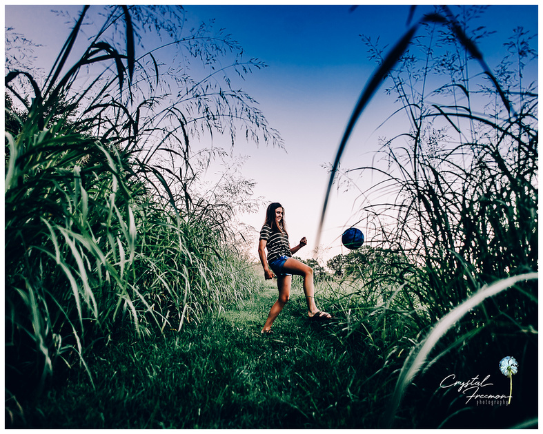 Logan & Molly's outdoor Summer tween / teen portrait session with sisters.