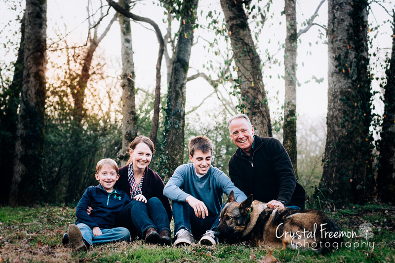 Family of 4 with German Shepherd at Pinkerton Park