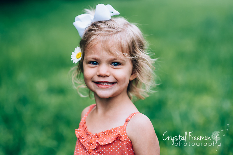 Outdoor Spring Portrait Session for family of five with three daughters