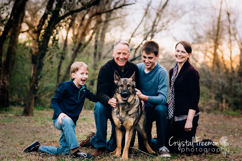 Family of 4 with German Shepherd at Pinkerton Park